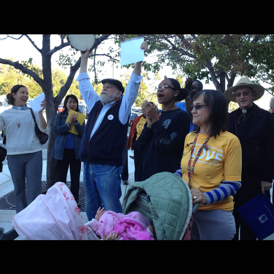 Linda Laskowski at a 10/3/12 rally at the Contra Costa County Detention Center Linda Laskowski at a 10/3/12 rally at the Contra Costa County Detention Center.
