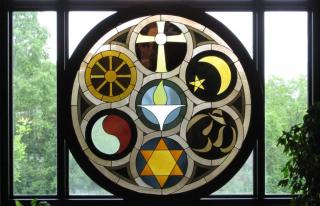 Rehnberg Memorial Window by Frank Houtkamp, UU Church in Rockford IL (© Phil Lund)