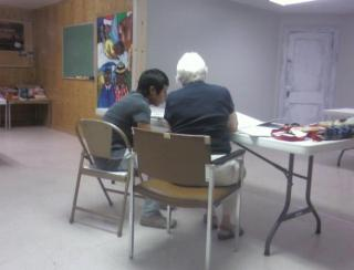 A one on one ESL session at UU Akron, OH