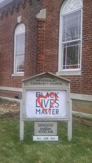 Black Lives Matter banner on UU Community Church sign
