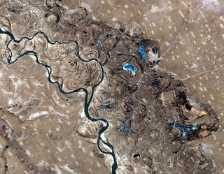 a Satellite photo of the Songhua River, northeast China, showing many oxbows and lakes.