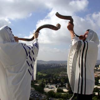 two_rabbis_blowing_shofar_rosh_hashana